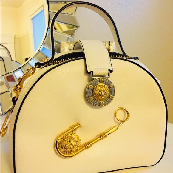 35626d420d0d Authentic Gianni Versace Safety Pin Crossbody Bag.  M 5bc69eb39fe486b0aa34bcb6